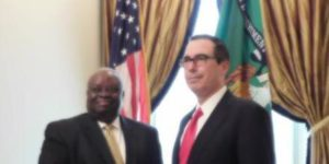 Governor Mapp Meets With U.S. Treasury Secretary Steve Mnuchin